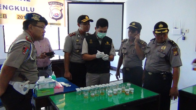 Ciptakan Bebas Narkoba, Polres Bengkulu Lakukan Tes Urine