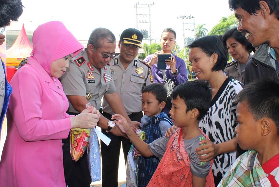 HUT Ke-61 Polisi Lalu Lintas, Polres Bengkulu Gelar Bakti Sosial