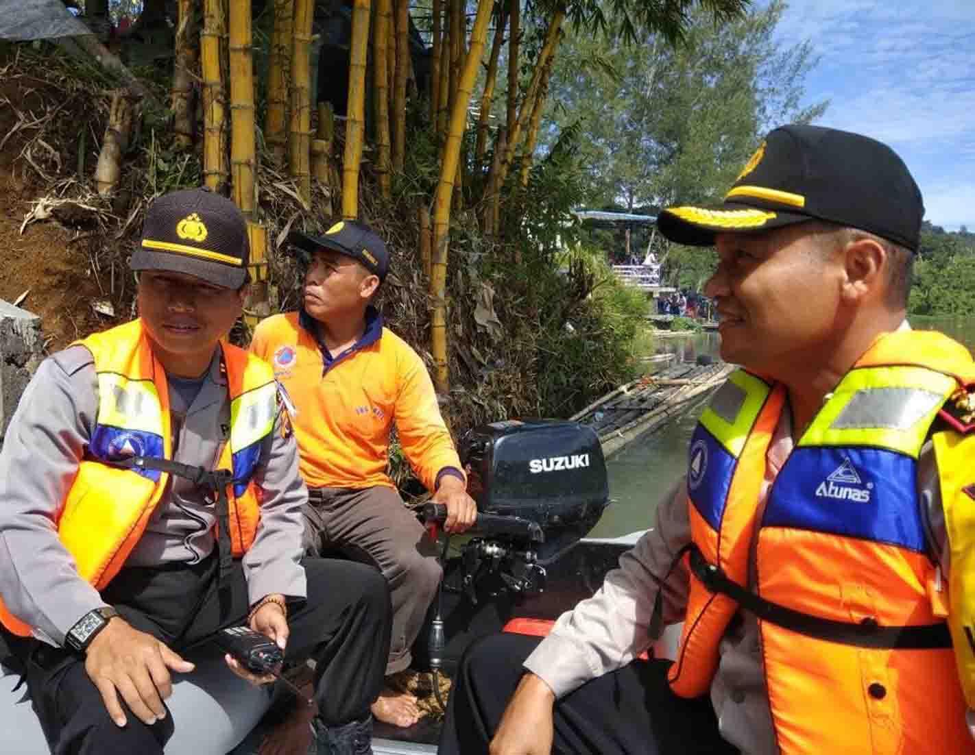 Kapolres Kepahiang Patroli Dengan Speed Boat di Danau Suro