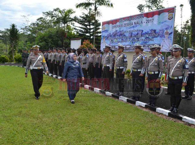 Wakil Bupati Kepahiang Menjadi Irup Gelar Pasukan Operasi Zebra Nala – 2017