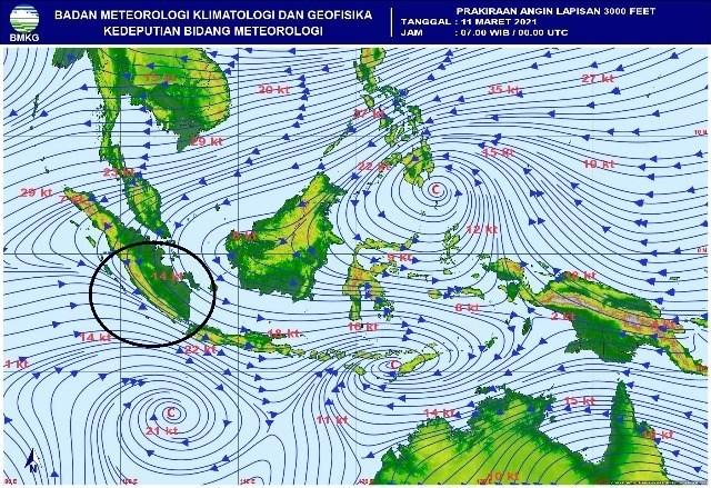 BMKG Prediksi Hujan Lebat  Sampai Tiga Hari ke Depan, Polda Bengkulu Ingatkan Masyarakat Bersihkan Drainase