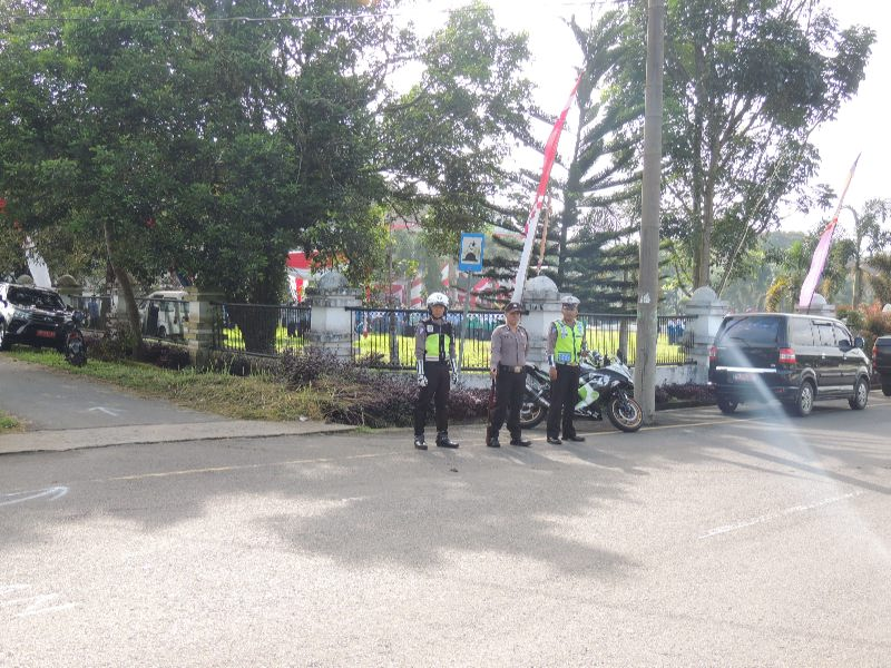Polres Kepahiang Maksimalkan Pengamanan Upacara Kemerdekaan HUT RI ke 71 Terhadap  AncamanTeroris dan Sabotase