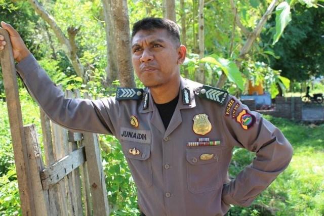 Bripka Junaidin, Polisi Yang Bangun Pesantren Dengan Gajinya