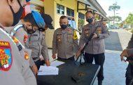 Pemeriksaan Berkala, Wakapolres Seluma Ingatkan Patuhi Aturan dan Rawat Senpi Dengan Baik