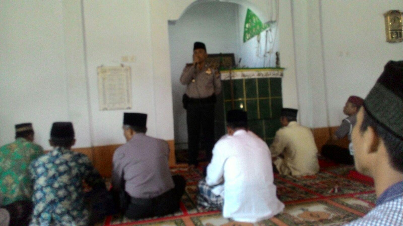 Kasat Binmas Polres RL Kunjungi Masjid