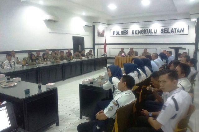 Sat Binmas Gelar Rapat Dengan Kepolisian Khusus