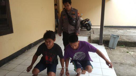 Pukul Orang Yang Melintas Dijalan, Tiga Pemuda Ditangkap Polisi