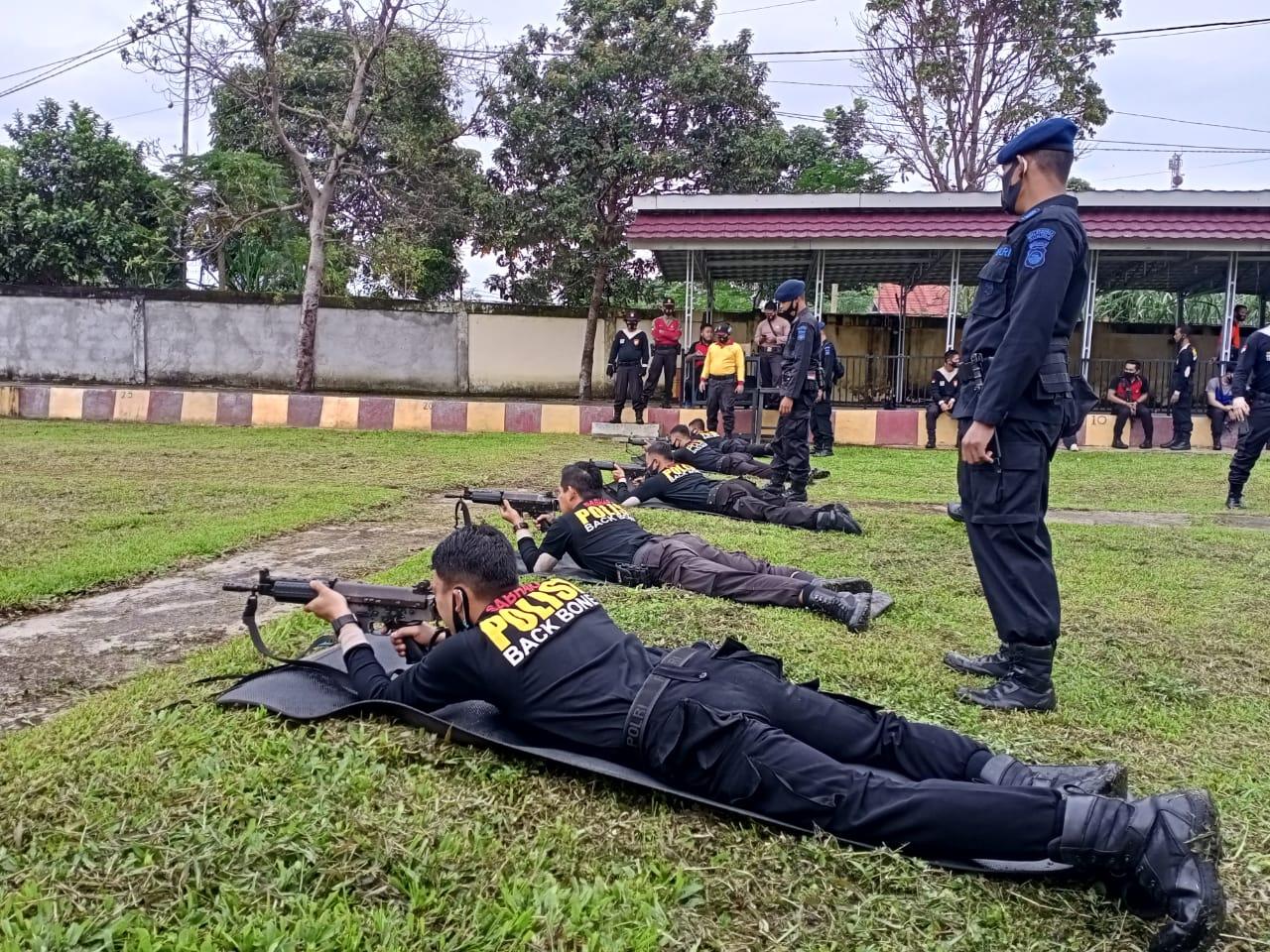 Harkatpuan, Polres RL Gelar Latihan Menembak