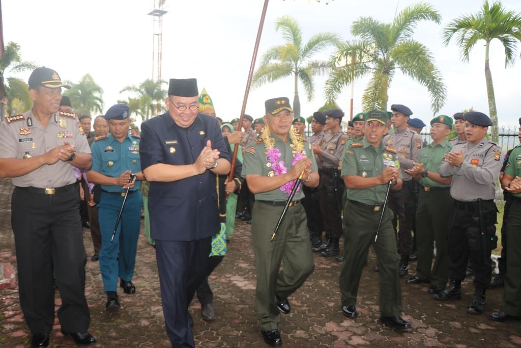Wakapolda Sambut Kedatangan Pangdam II Sriwijaya