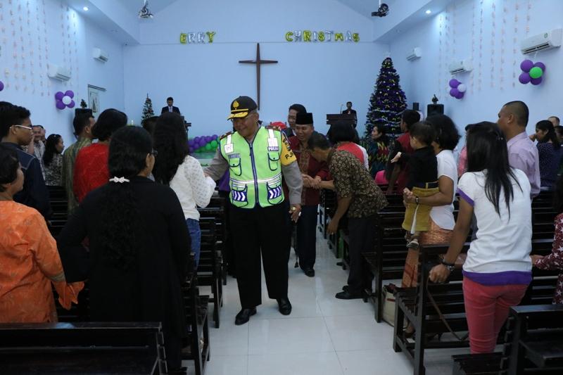 Unsur FKPD Datangi Gereja