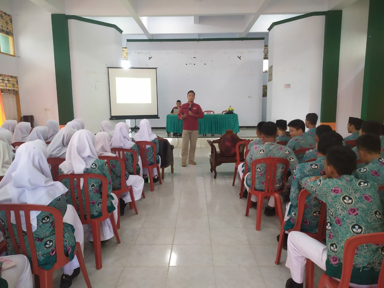 Polda Temu Netizen di SMKN 1 Kota Bengkulu