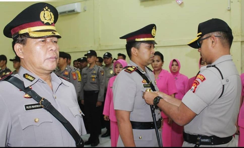 Kapolres Bengkulu Pimpin Upacara Serah Terima Jabatan Kapolsek Gading Cempaka