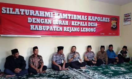 Silaturahmi Kamtibmas, Kapolres Rejang Lebong Buka Bersama di Polsek Bermain Ulu