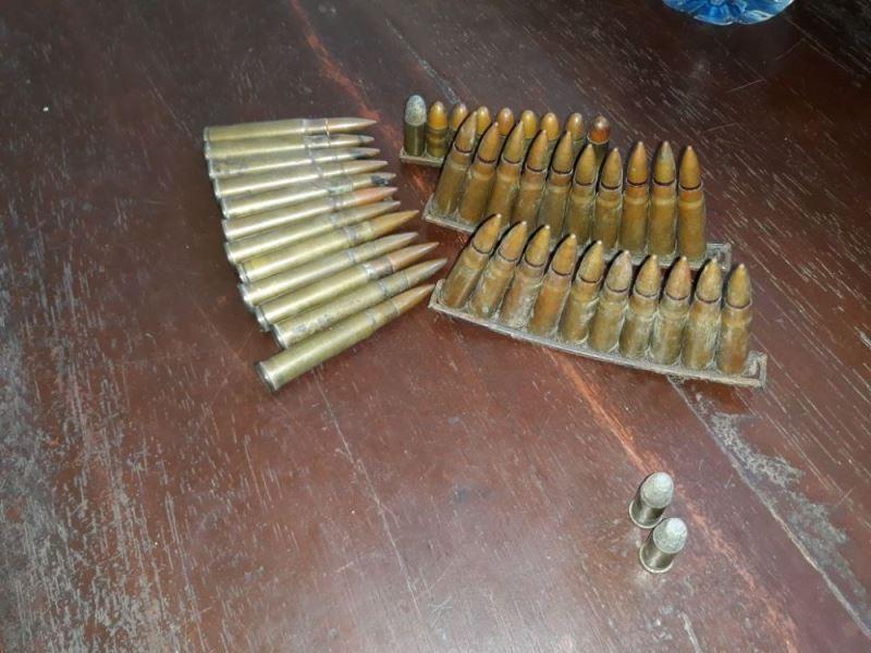 Warga Serahkan Peluru Aktif Ke Polres Kaur