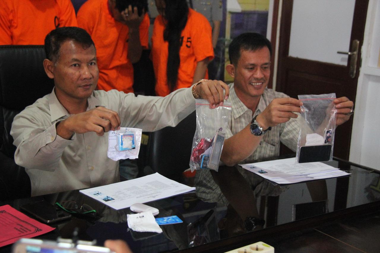 Direktorat Resnarkoba Polda Bengkulu Kembali Menangkap 5 Pengedar Narkoba