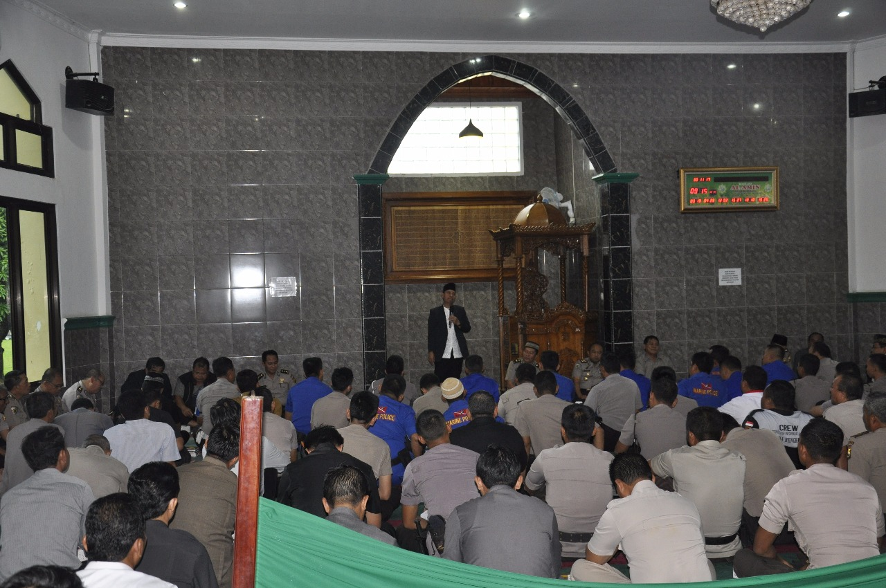 Polda Bengkulu Gelar Peringatan Maulid Nabi, di Masjid Al Amin