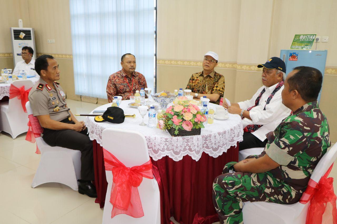 Sinergitas Polisional, Kapolda Bengkulu Bersama FKPD Sambut Menteri PUPR