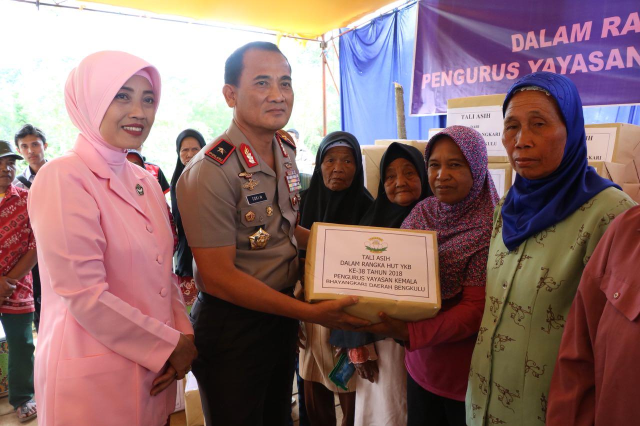 HUT Ke-38, Pengurus YKB Daerah Bengkulu Gelar Baksos