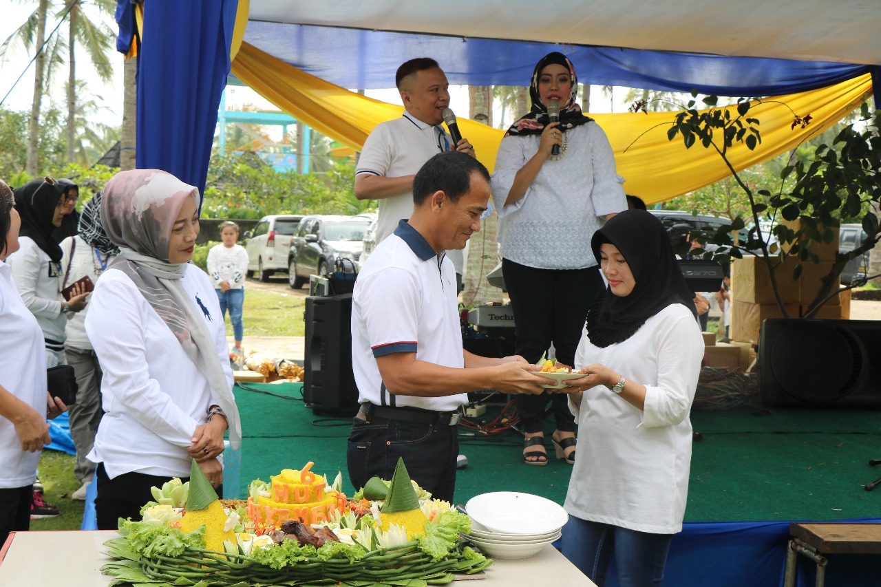 Kapolda Bengkulu Potong Tumpeng Perayaan HUT Ke-16 Rumkit Bhayangkara