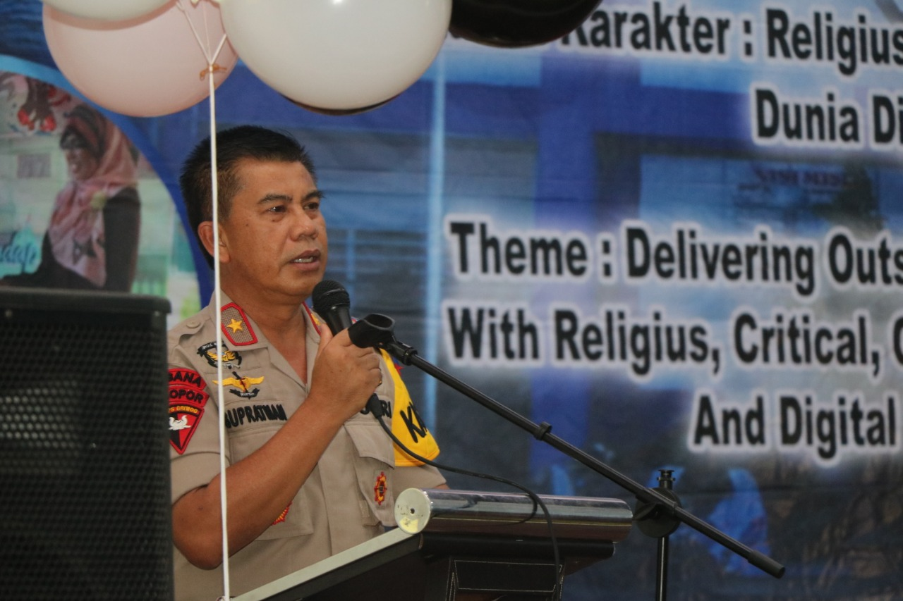 Nostalgia!!! Kapolda Hadiri Perpisahan Siswa SMPN 1 Bengkulu