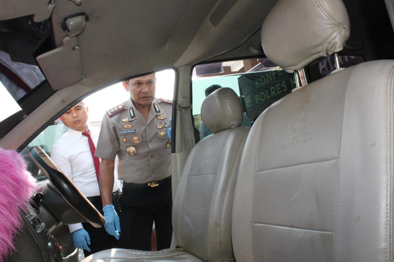 Pasutri Pelaku Curas Mobil Travel, Sudah Persiapkan Tongkat Besi dan Lakban  Untuk Lumpuhkan Korban