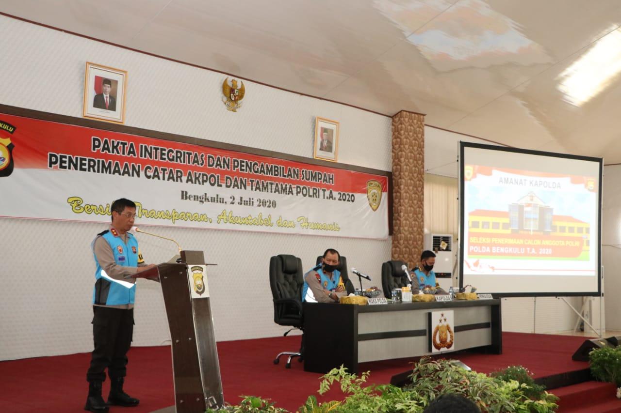 Kapolda Bengkulu Pimpin Acara Penandatanganan Fakta Integritas Catar Akpol dan Tamtama Polri