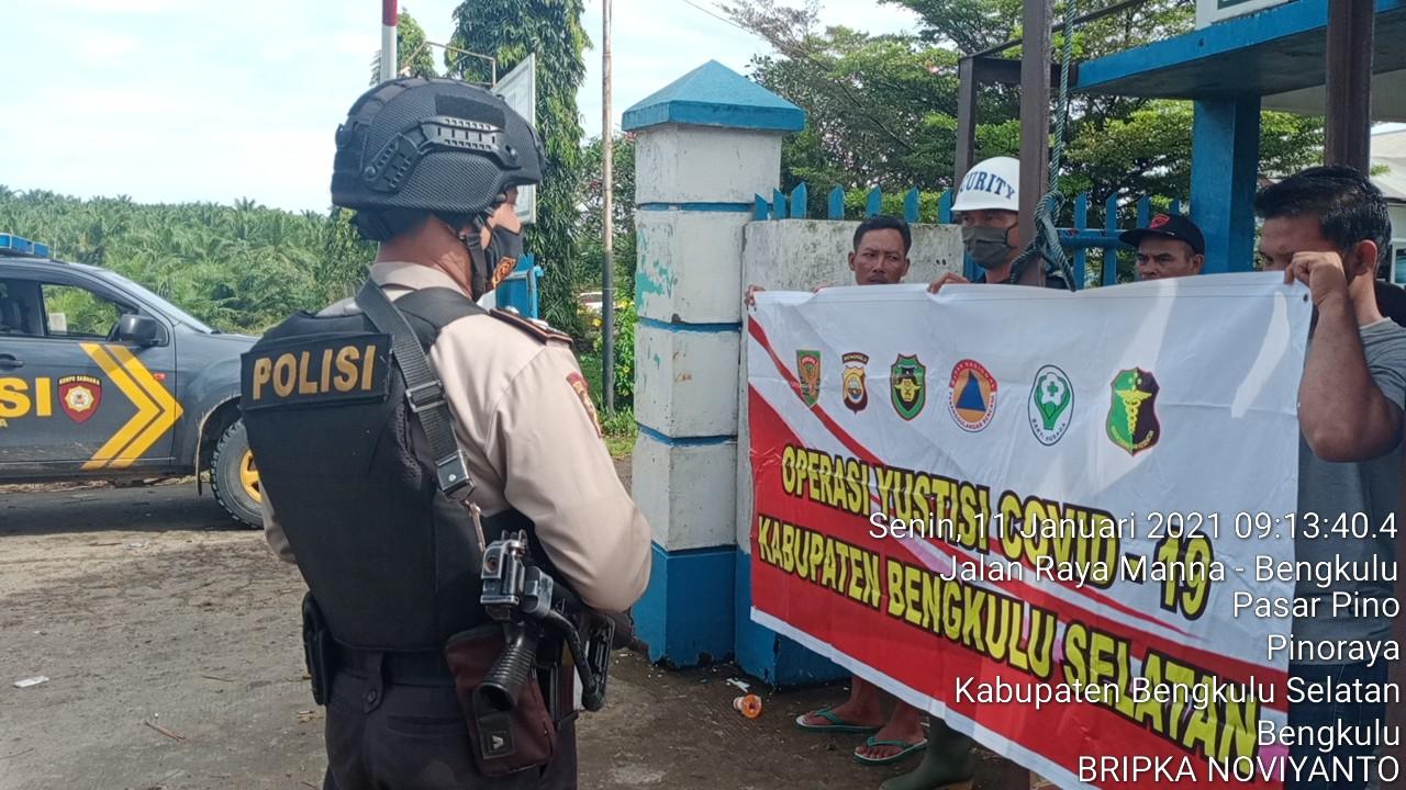 Polsek Pino Raya Tingkatkan Ops Yustisi Tegur Masyarakat Untuk Mematuhi Prokes Covid-19