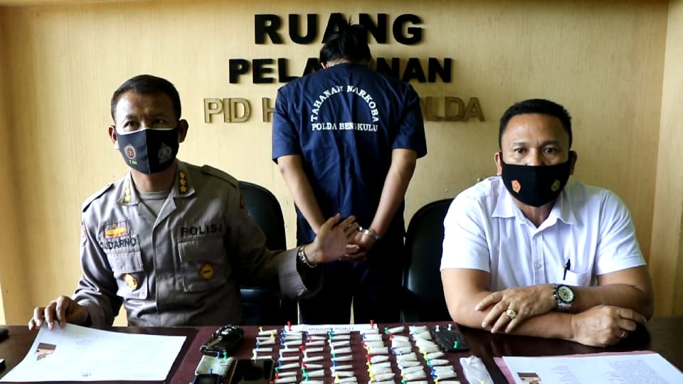 Antar 65 Paket Sabu, Supir Travel Ditangkap Dit Resnarkoba Polda Bengkulu