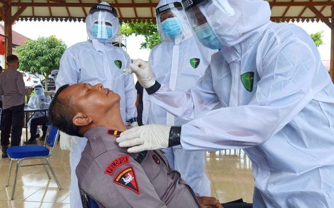 Guna Mengetahui Peta Sebaran Covid-19, 1200 Personil Polda Bengkulu dan Polres Jajaran Rapid Tes Antigen