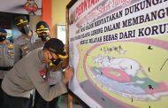 Ikrar Bersama, Forkopimda dan Unsur Masyarakat Dukung Pencanangan ZI Polres Rejang Lebong Menuju WBK