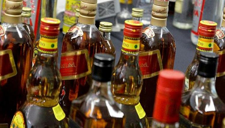 Polisi Sita Ratusan Botol Miras