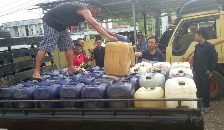 Diduga Akan Dioplos,Unit Tipidter Polres Seluma Amankan 1.510 Liter BBM