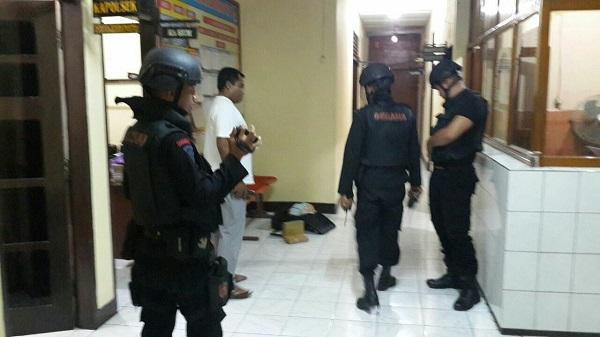 Resmob Gabungan Tangkap Perempuan Pemilik 5600 Detonator Asal Malaysia