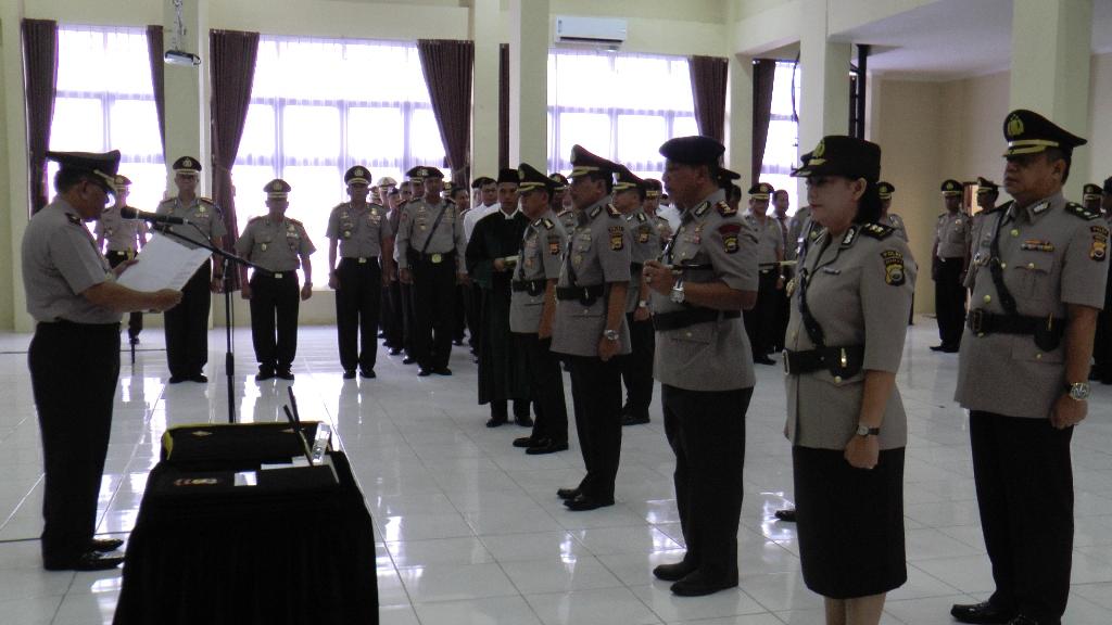 Kapolda Pimpin Sertijab Pejabat Utama