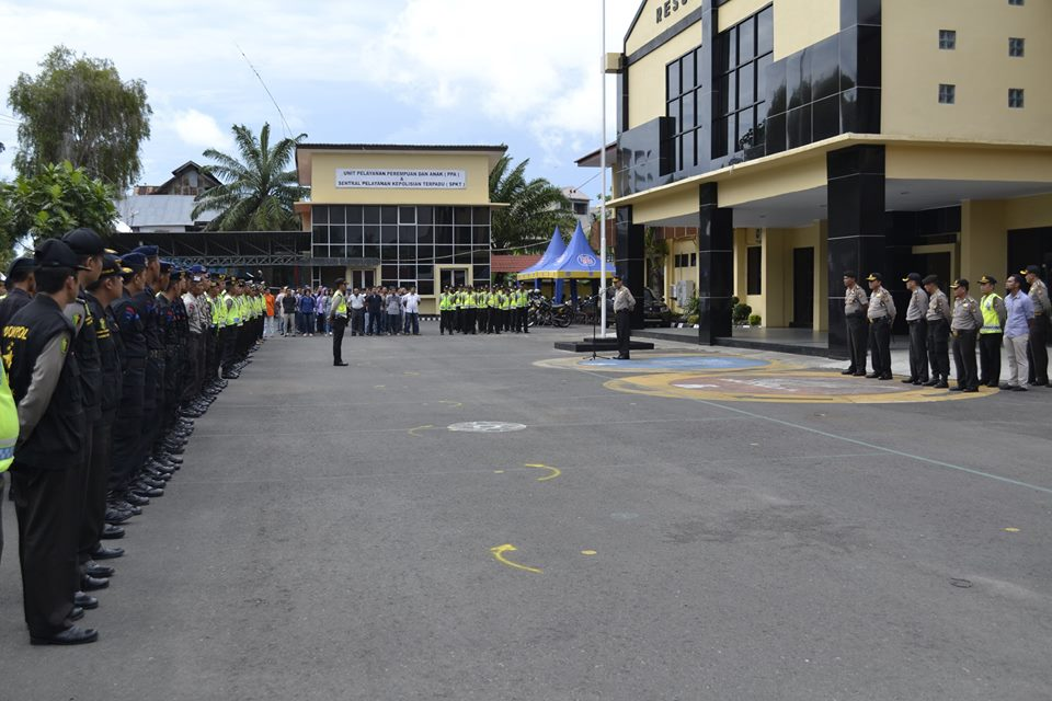 Ratusan Polisi Lakukan Pengamanan Pembukaan Festival Tabot