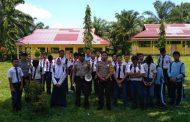 Cegah Kenakalan Remaja, Bhabinkamtibmas Polsek Pino Sambangi SMP