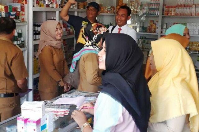 Bersama Dinas Kesehatan, Polres Bengkulu Selatan Razia Gabungan Ke Sejumlah Apotek