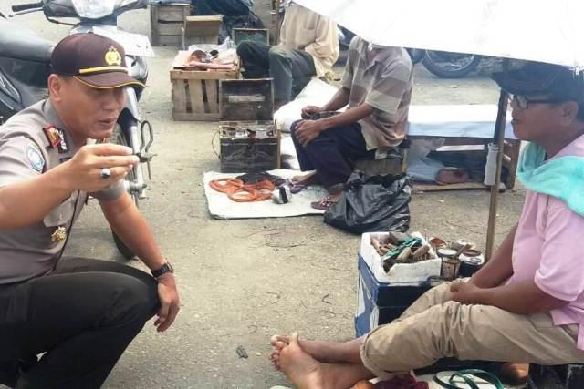Jaga Kamtibmas, Kasat Binmas Sambangi Pasar Ampera Dan Pemadam Kebakaran