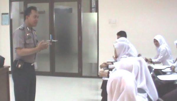 Aiptu M Anwar Salafudin, Bintara Polri yang Mengajar di Tiga Perguruan Tinggi