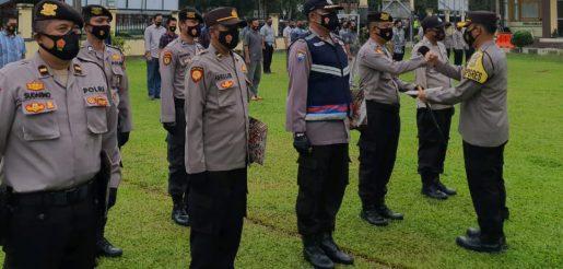 Berdedikasi Tinggi, 9 Personil Polres BU Terima Reward