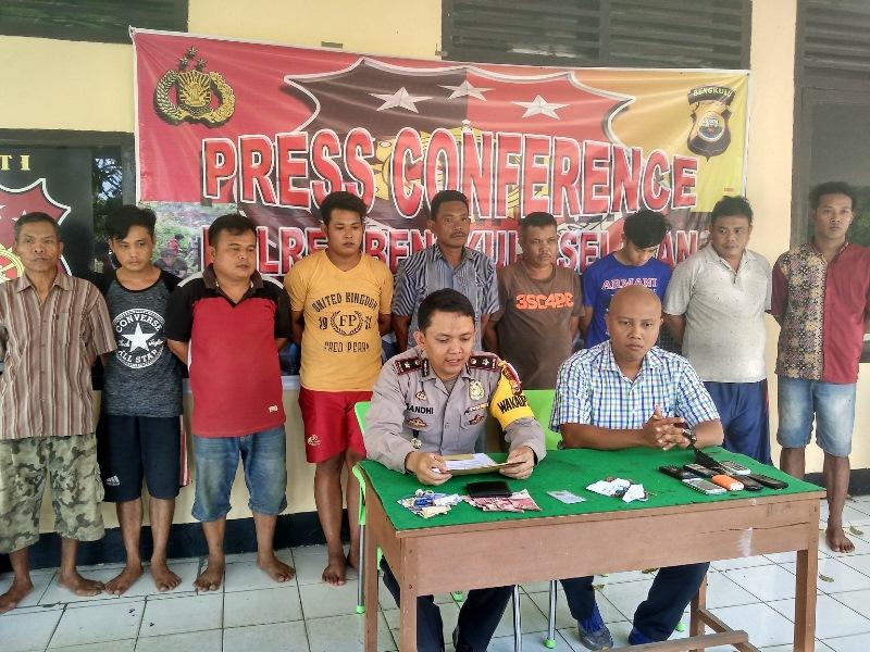 Polres BS Grebek Sabung Ayam, 9 Penjudi ditangkap