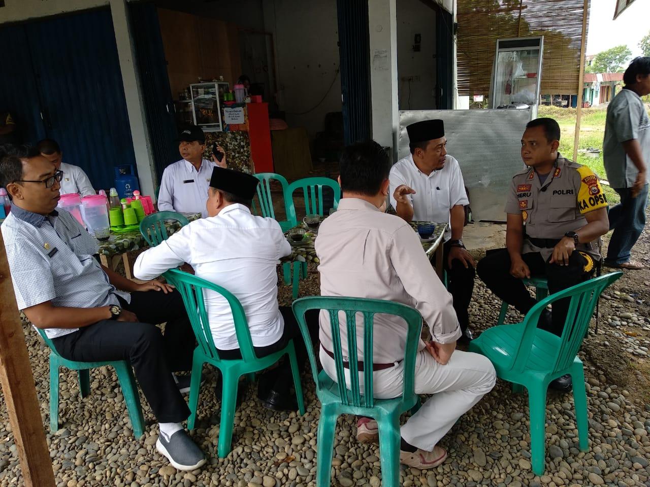 Kapolres Bengkulu Dampingi Hearing SPSI Kabupaten Benteng