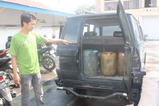 300 Solar Dan Mobil Di Tangkap Polisi
