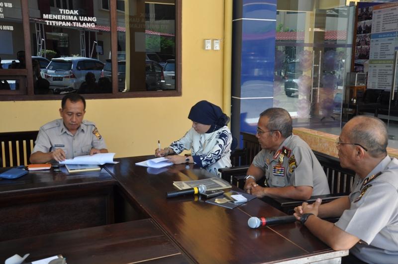 Penandatanganan Kontrak Gampol Disaksikan Kapolda