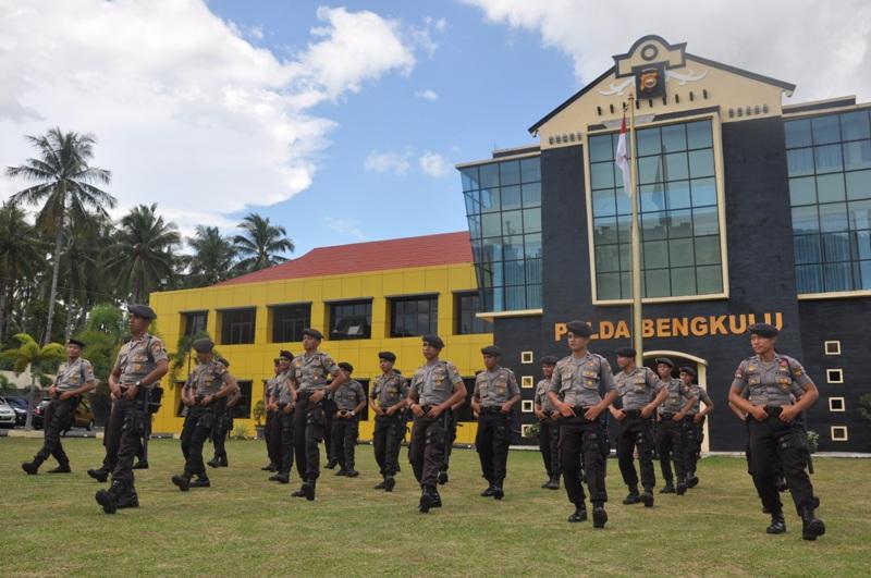 Kasat Dalmas Dit Sabhara Latih Anggotanya Poco -Poco