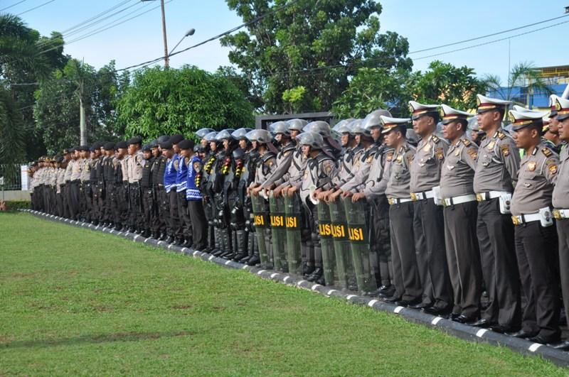 Polda Bengkulu Laksanakan Apel Siaga May Day