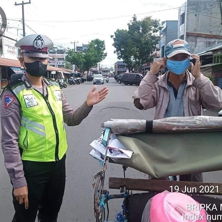 Tingkatkan Binluh, Polres RL Ajak Warga Patuh Prokes