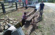 Kompak, Polsek Tanjung Kemuning Gotong Royong Jaga kebersihan