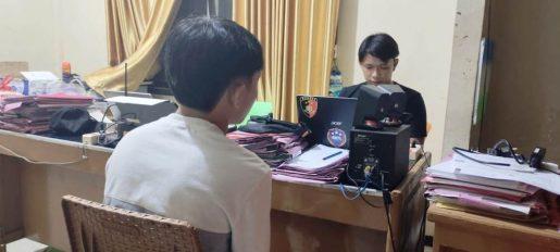 Lempar Mercon, Pelajar SMA Ditusuk 3 Liang