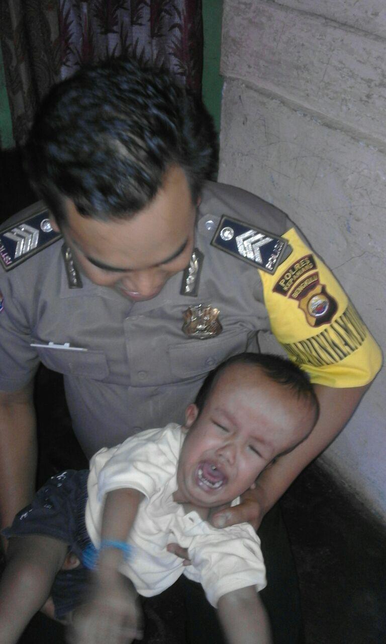 Polisi Kunjungi Balita Penderita Meningitis